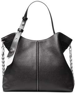 Downtown Astor Large Leather Shoulder Bag