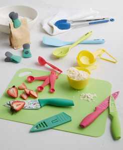 23-Pc. Gadget & Cutlery Set