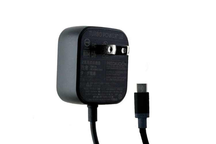Motorola (SPN5913A) TurboPower 15W 5ft Wall Charger for USB-C Devices - Black