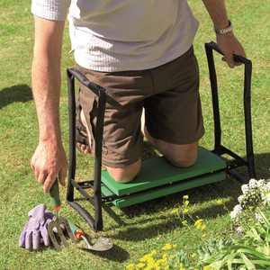 Gardman Foldaway Garden Kneeler & Seat-Black/Green