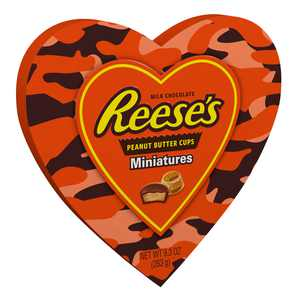 REESE'S, Miniatures Milk Chocolate Peanut Butter Cups Candy, Valentine's Day Gift, 9.3 Oz., Heart Box