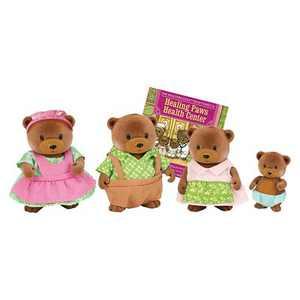 Li'l Woodzeez Miniature Animal Figurine Set - Healthnuggle Bear Family