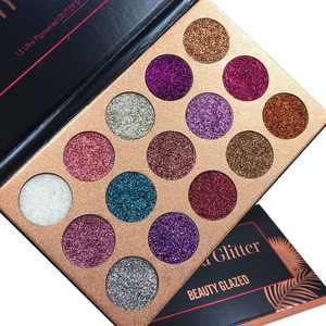 OUMY 15 Colors Diamond Glitter Shimmer Eyeshadow Palette
