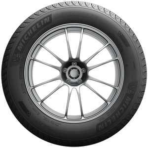 Michelin Defender T + H All-Season Tire 185/65R15 88H