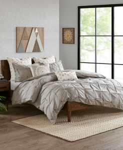 Masie King/Cal King 3 Piece Elastic Embroidered Cotton Duvet Cover Set