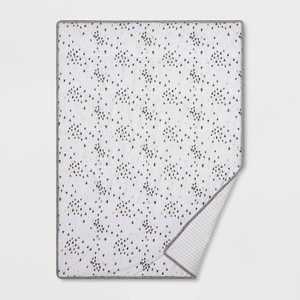 Jersey Knit Reversible Blanket Hearts - Cloud Island™ Black/Gold
