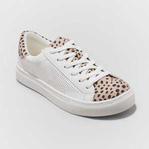 Women's Cadey Lace Up Sneakers - Universal Thread