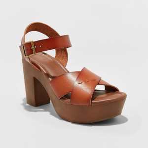 Women's Estella Faux Leather Wood Bottom Crossband Heel Pumps - Universal Thread