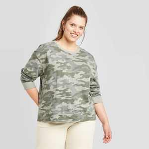 Women's Plus Size Camo Print Sweatshirt - Universal Thread Green