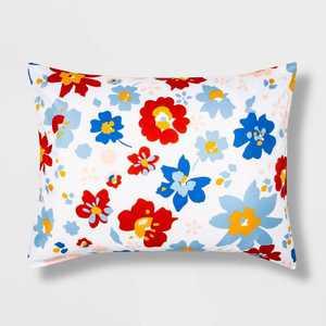 Multi Floral to White Reversible Microfiber Floral Standard Print Sham - Room Essentials™