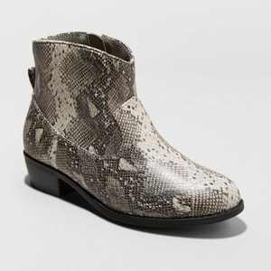 Girls' Graciela Snake Print Western Ankle Boots - Cat & Jack