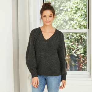 Women's Balloon Sleeve V-Neck Pullover Sweater - Universal Thread