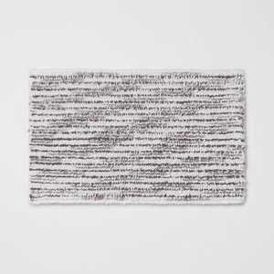 "20""x32"" Spacedye Striped Bath Rug - Threshold"