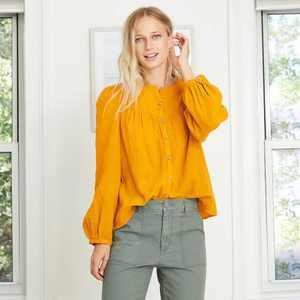 Women's Puff Long Sleeve Button-Front Blouse - Universal Thread