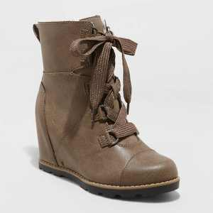 Women's Katherine Lace-Up Wedge Fashion Boots - Universal Thread