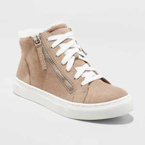 Women's Tilly Faux Sherpa Lined High Top Sneakers - Universal Thread