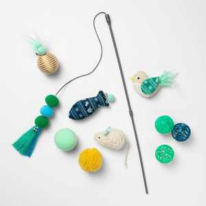 Cat Toy Gift Set - Green - 10pk - Boots & Barkley™