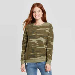 Women's Camo Print Graphic Sweatshirt - Green