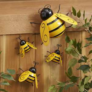 Lakeside Decorative Metal Bumble Bee Garden Accents - Lawn Ornaments - Set of 4