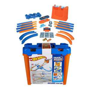 Hot Wheels Toy Car Track Builder Deluxe Stunt Box Play Set with 36 Pieces, Connectors, Curves, 15 Feet of Track, and 2 Cars, Multicolor