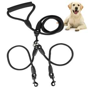 Double Dog Leash, Dual Dog Walking Leash No Tangle 360 Swivel, Shock Absorbing Training Leash with Foam Soft Handle, Heavy Duty Dual Leash for Two Dogs, 70.87in/180cm Double-Head Pet Traction Rope