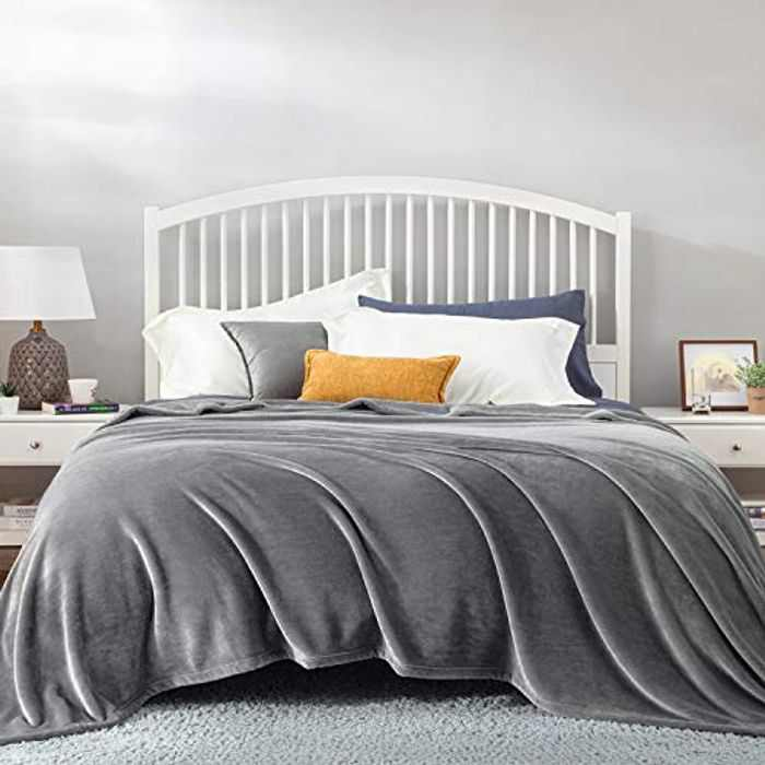 BEDSURE Fleece Blanket King Size - Versatile Blanket for Bed Fluffy Soft Extra Large Throw, Silver Grey, 270x230cm