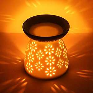 CMXING White Ceramic Oil Burner Hollowing Floral Aroma Lamp Oil Diffuser Candle Essential Oil Burner Ceramic, including Ceramic Aroma Burner and Candle Spoon for Home, Yoga, Spa, Office, Baby Room