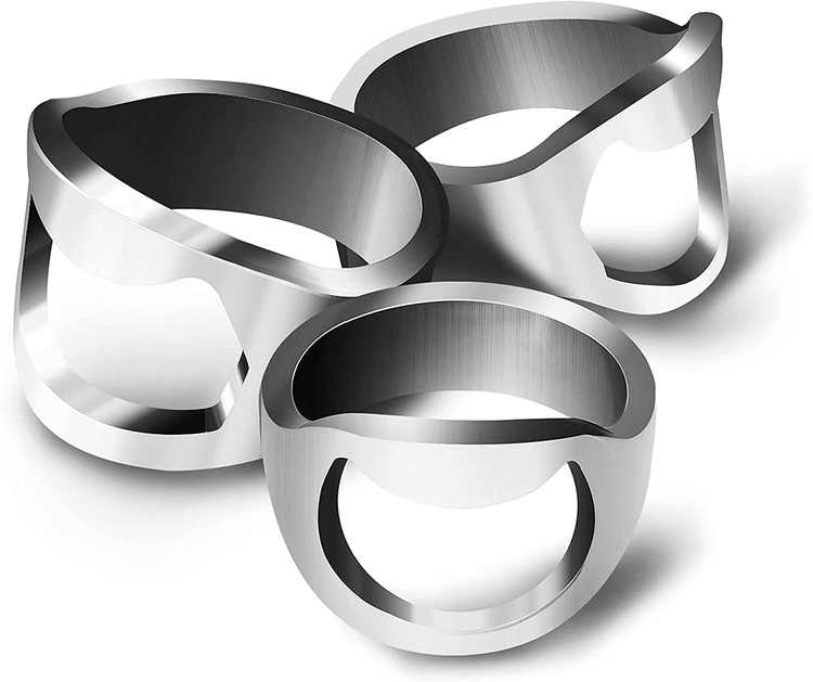 """CZ Store Mini Bottle Opener Ring 