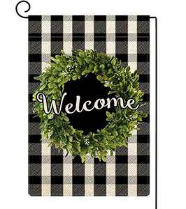 ORTIGIA Small Spring Boxwood Wreath Welcome Garden Flag Vertical Double Sided,Buffalo Check Plaid Rustic Farmhouse Burlap Flag Yard Outdoor Decoration,Seasonal Outdoor Flag 12.5 x 18inch Black
