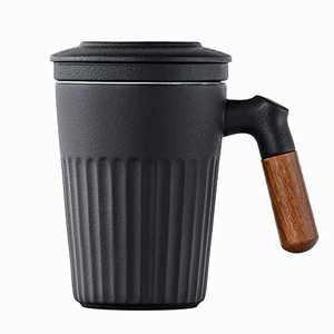 Sandalwood handle Tea Cup with Infuser and Lid, Pottery Tea Strainer Mug for Steeping Loose Tea, 11 oz