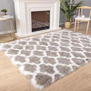 Carvapet Moroccan Shaggy Soft Faux Sheepskin Fur Area Rugs Floor Mat Luxury Beside Carpet for Bedroom Living Room 4ft x 6ft, White Strips on Grey