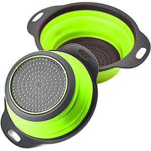 Rikivt Collapsible Colander Set, Dishwasher-Safe & Space-Saving Kitchen Strainers for Pasta, Vegetables, Fruits, 1 PC 4 Quart and 1 PC 2 Quart Folding Round Silicone Colander (Green)