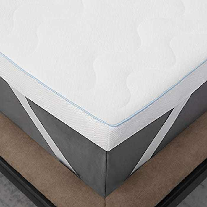 Bedsure Memory Foam Mattress Topper - 7cm Matressesdouble Topper Thick Bed Topper Double with Washable Zipped Cover, 135x190x7cm