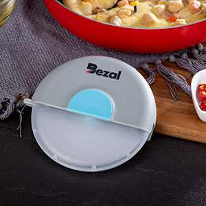 Bezal - Pizza Wheel Stainless Steel Slicer Pizza Cutter with Protective Plastic Blade Guard Cover (Blue)
