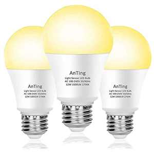 Pack of 3 Dusk to Dawn Light Bulb 12W E27 Base, ANTING A19 LED Sensor Light Bulbs,Automatic On/Off,100W Equivalent,Energy Saving,1000 Lumen,30000 Hour Lifetime,Non-Dimmable,2700K Warm White