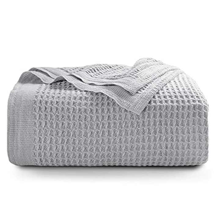 BEDSURE Cotton Sofa Throw Blanket - Waffle Throws for the Sofa Couch Chair and Bed, 100% Cotton, Light Grey, Single, 130x150cm