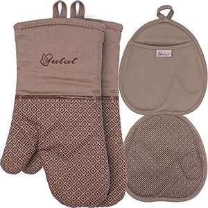 Pot Holders and Oven Mitts Sets 4Pcs, YUTAT High Heat Resistant Oven Gloves and Potholders, Non-Slip Grip Hot Pads with Food Grade Silicone Texture, Perfect for Kitchen Cooking Baking BBQ, Tan