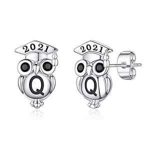 Graduation Gifts for Her Owl Earrings, S925 Sterling Silver Post 14K Gold Plated 2021 Initial Owl Stud Earrings Hypoallergenic Earrings for Sensitive Ears Graduation Friendship Gifts for Her 2021(Q)