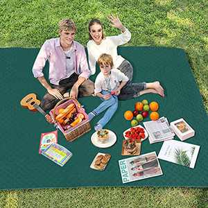 Guguda Picnic Blanket, Machine Washable Large Beach Blanket Sandproof for 4-7 Adults Multifunctional Dual Layers Picnic Mat for Camping, Travel, Hiking, Portable for The Family, Friends, Kids(Green)