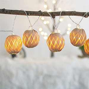 EAMBRITE Rattan Ball Fairy Lights 10 Warm White Leds Battery Operated Lantern String Lights Battery Operated Indoor Fairy Lights - 1.65m - Clear Cable