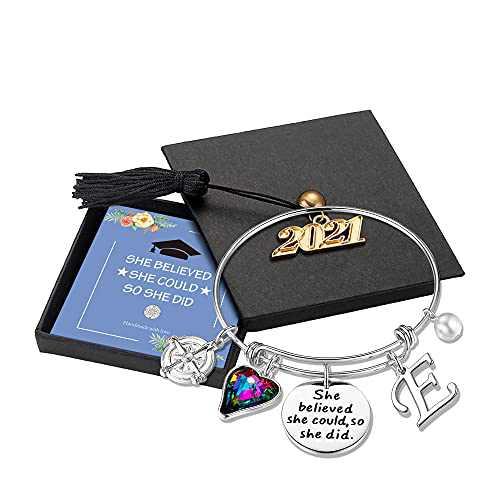 Turandoss Graduation Bracelet for Friend, Engraved Inspirational Bangle with 2021 Graduation Grad Cap She Believed She Could So She Did Charm Bracelet Graduation Friendship Gifts 2021(Silver E)